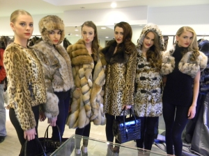 Wilhelmina models at Dennis Basso in-store event